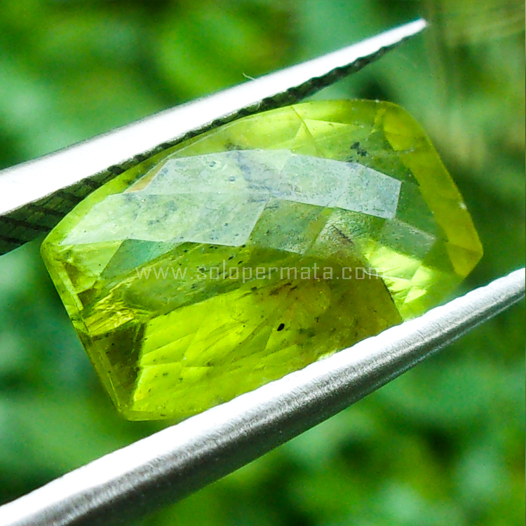 Batu Permata Green Peridot - SP824