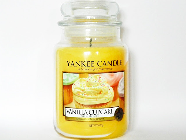 Yankee Candle Vanilla Cupcake Review