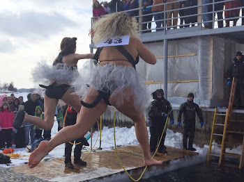 Polar Bear Dip in Alex Bay Draws Huge Crowd