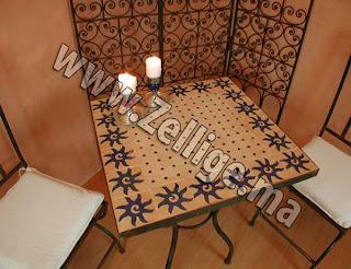 tables en mosa que zellige marocaine carr e avec pieds fer. Black Bedroom Furniture Sets. Home Design Ideas
