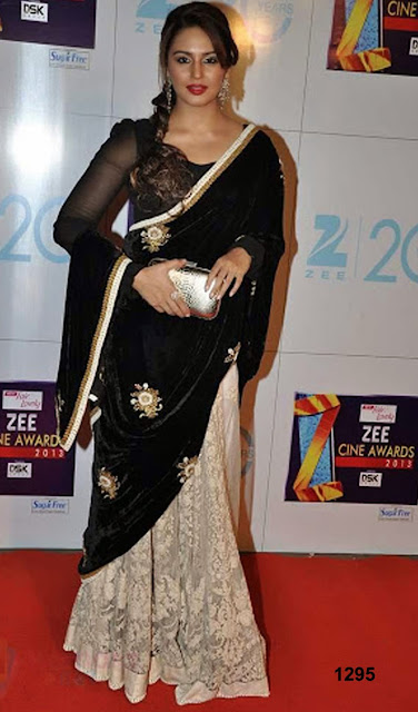 Huma Qureshi in black saree