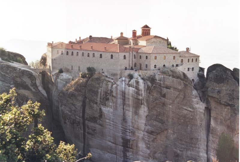 http://3.bp.blogspot.com/-WRWN-uxxsyY/Tk7afGw3_bI/AAAAAAAAAXg/IW88p6bhFxg/s1600/Meteora_Agios_Stefanos.jpg