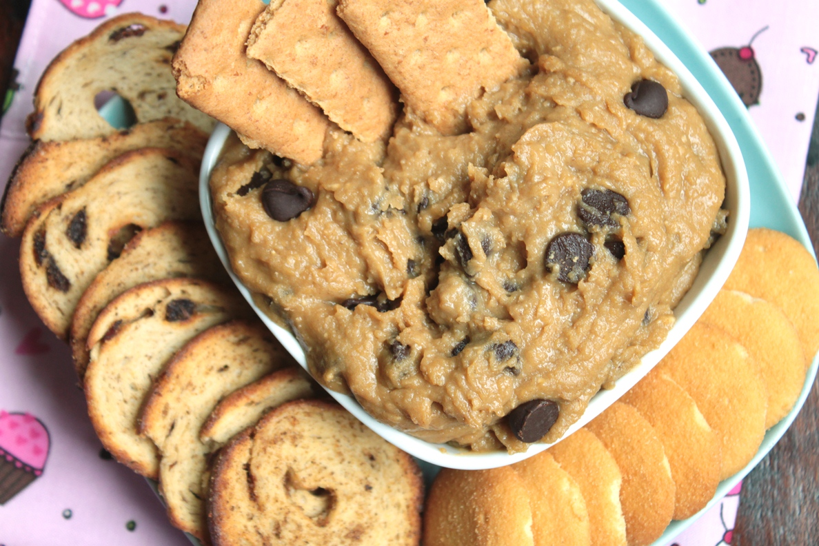 Teaspoon and A Pinch: Cookie Dough Dip