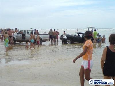 Sekali Air Bah, Sekali Pantai Berubah
