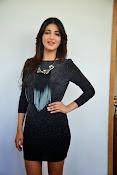 Shruti Haasan Glam pics-thumbnail-9
