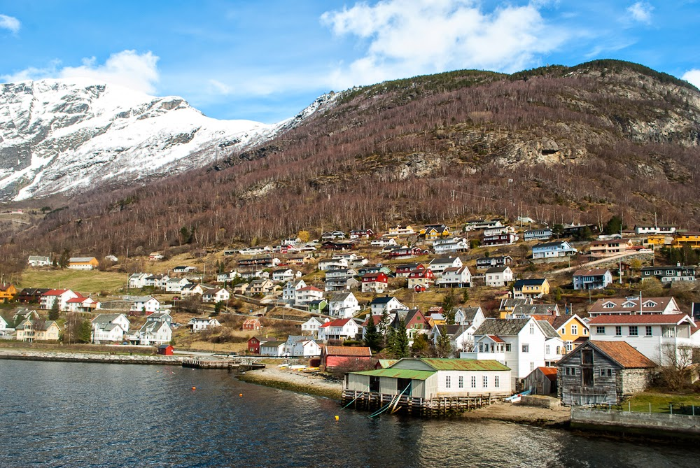 Fjord cruise island stops