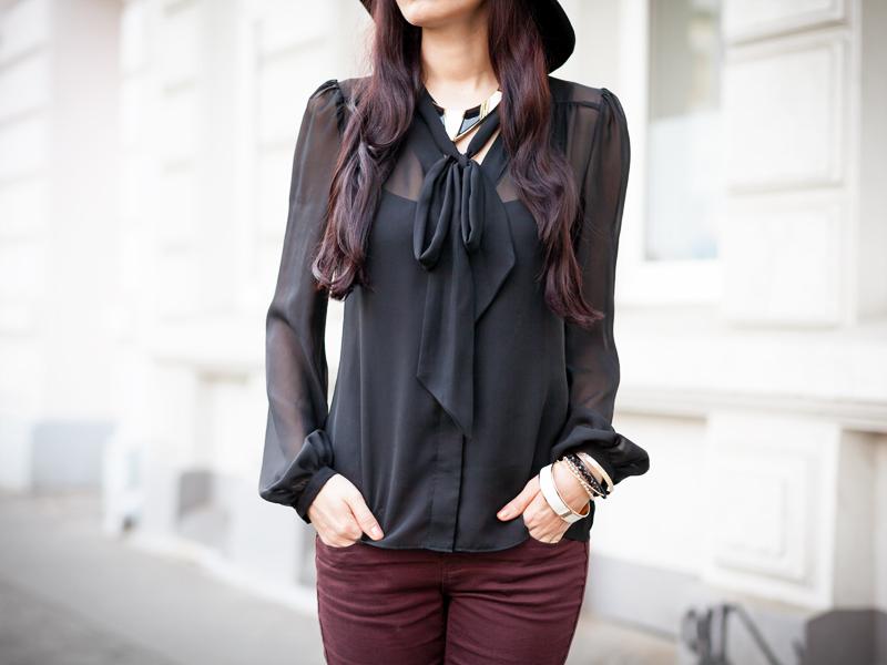 Bild Fashion Detailaufnahme Bluse