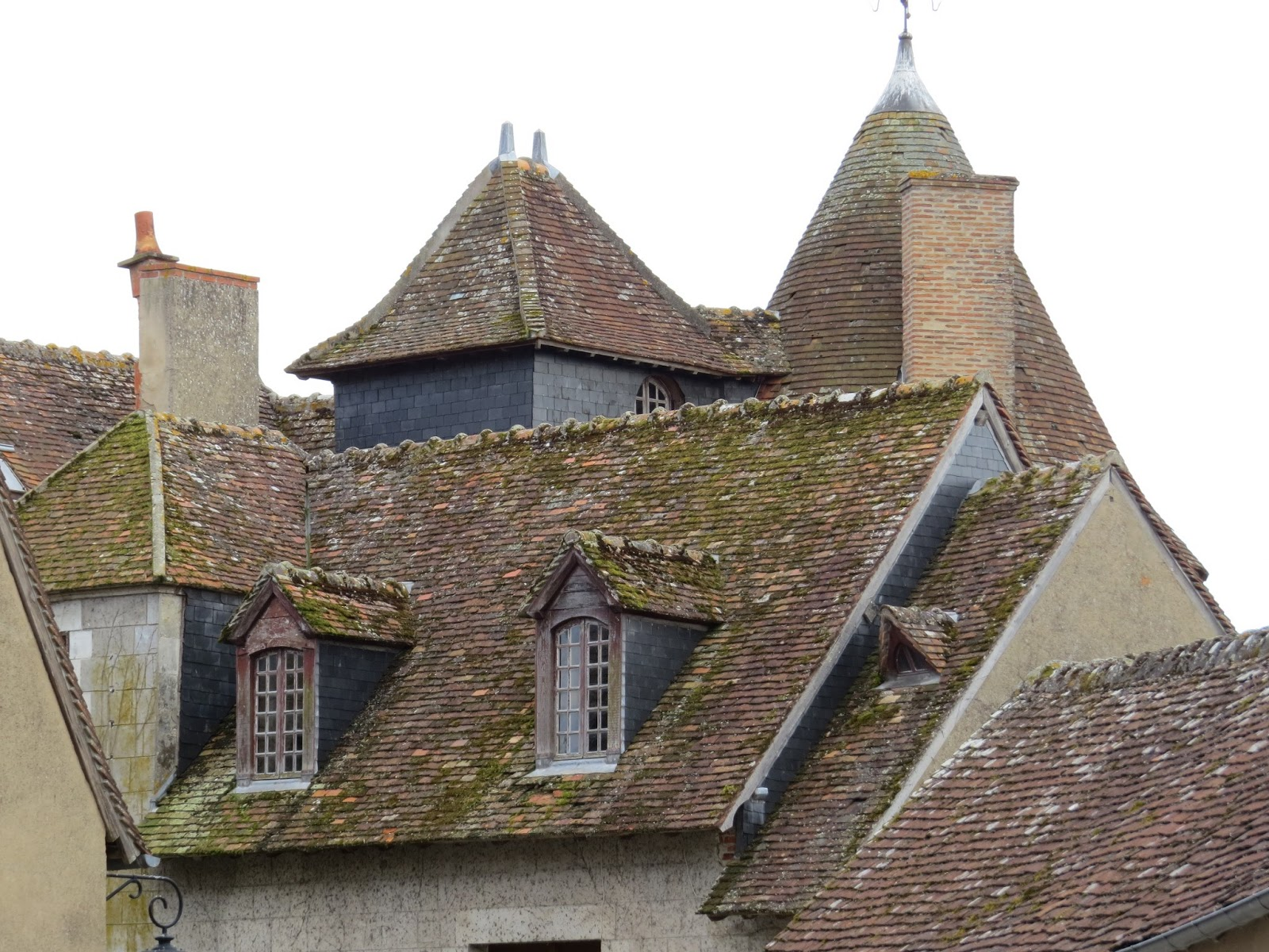 good morning sologne cite medievale de mennetou sur cher episode 1 sur 14. Black Bedroom Furniture Sets. Home Design Ideas