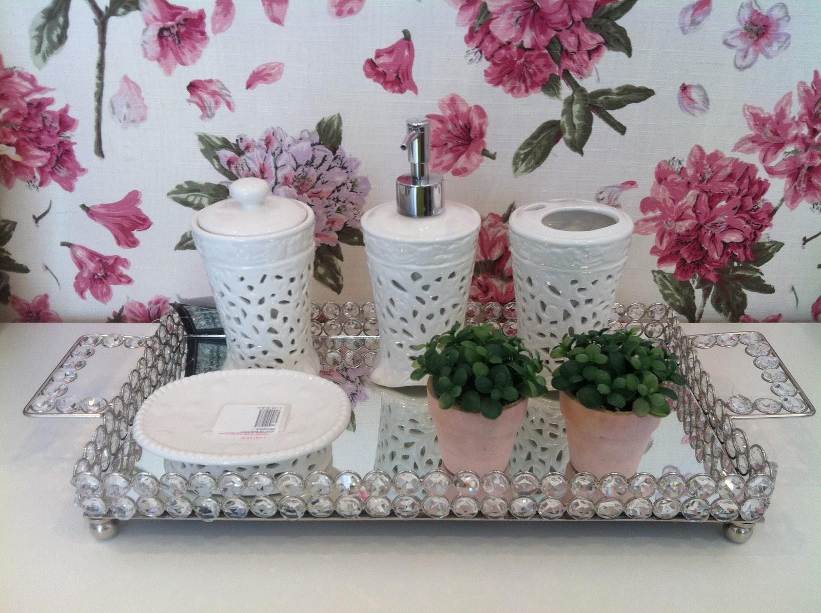 decoracao bandeja lavabo : decoracao bandeja lavabo:Louçaria e Cia: Bandejas de cristal