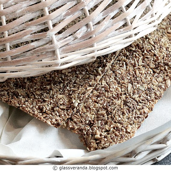 Sunne og gode knekkebrd - Tasty healthy crispbread