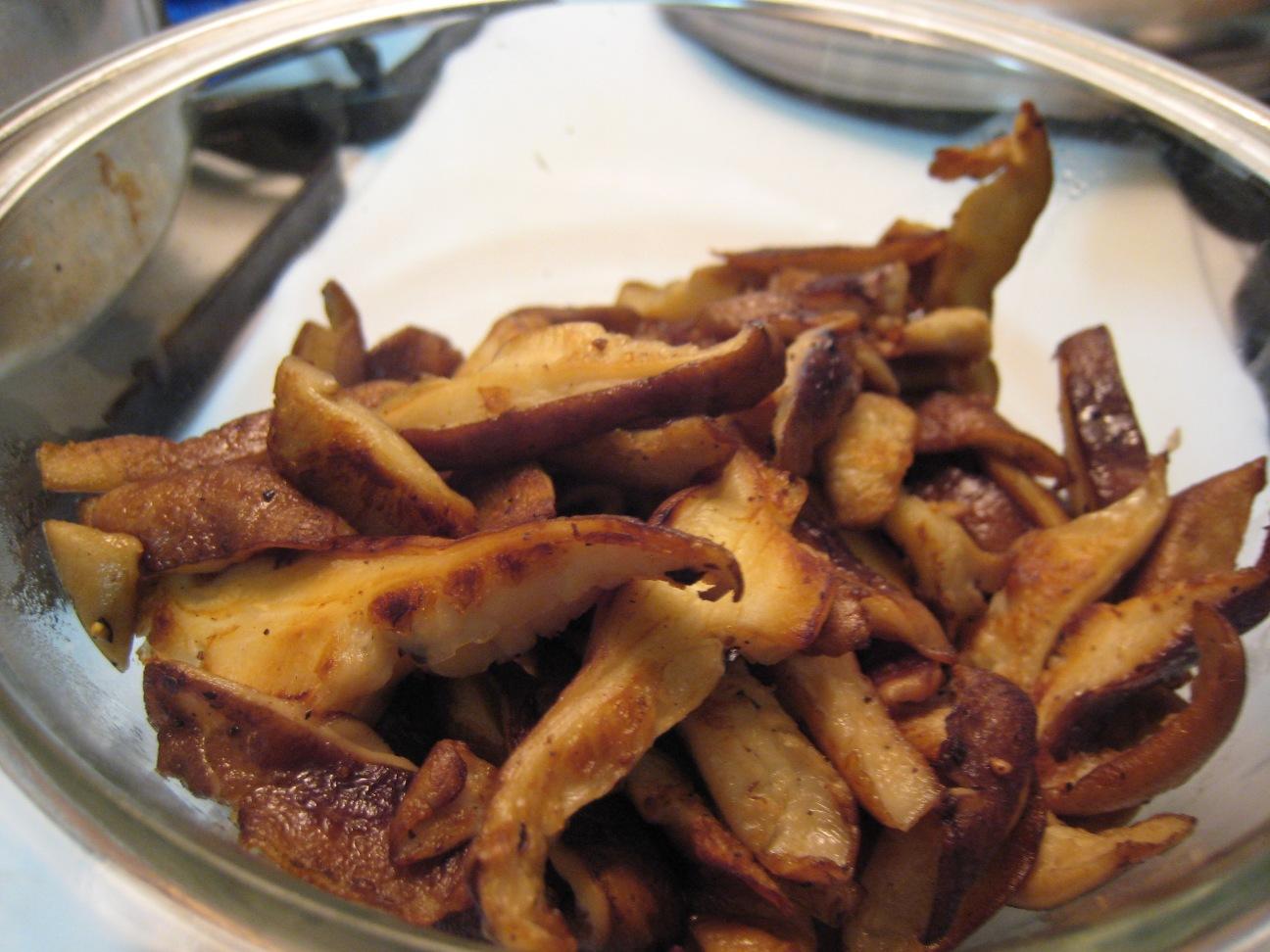 Global Grub: Risotto with Shiitake, Asparagus, and Artichoke