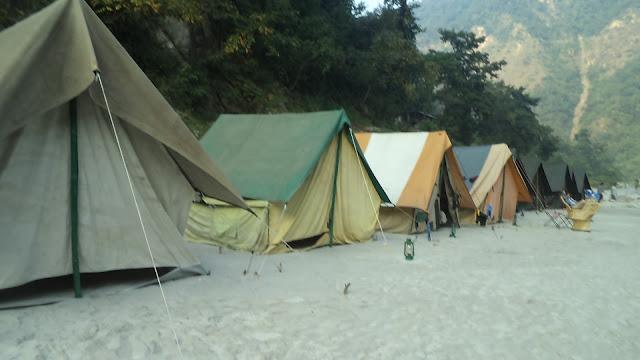 Location of camps riverbank Ganag