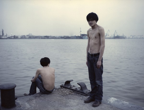 ©Fan Shi San | Two of us  两个我们. Portrait of the Single-Child. Fotografía | Photography