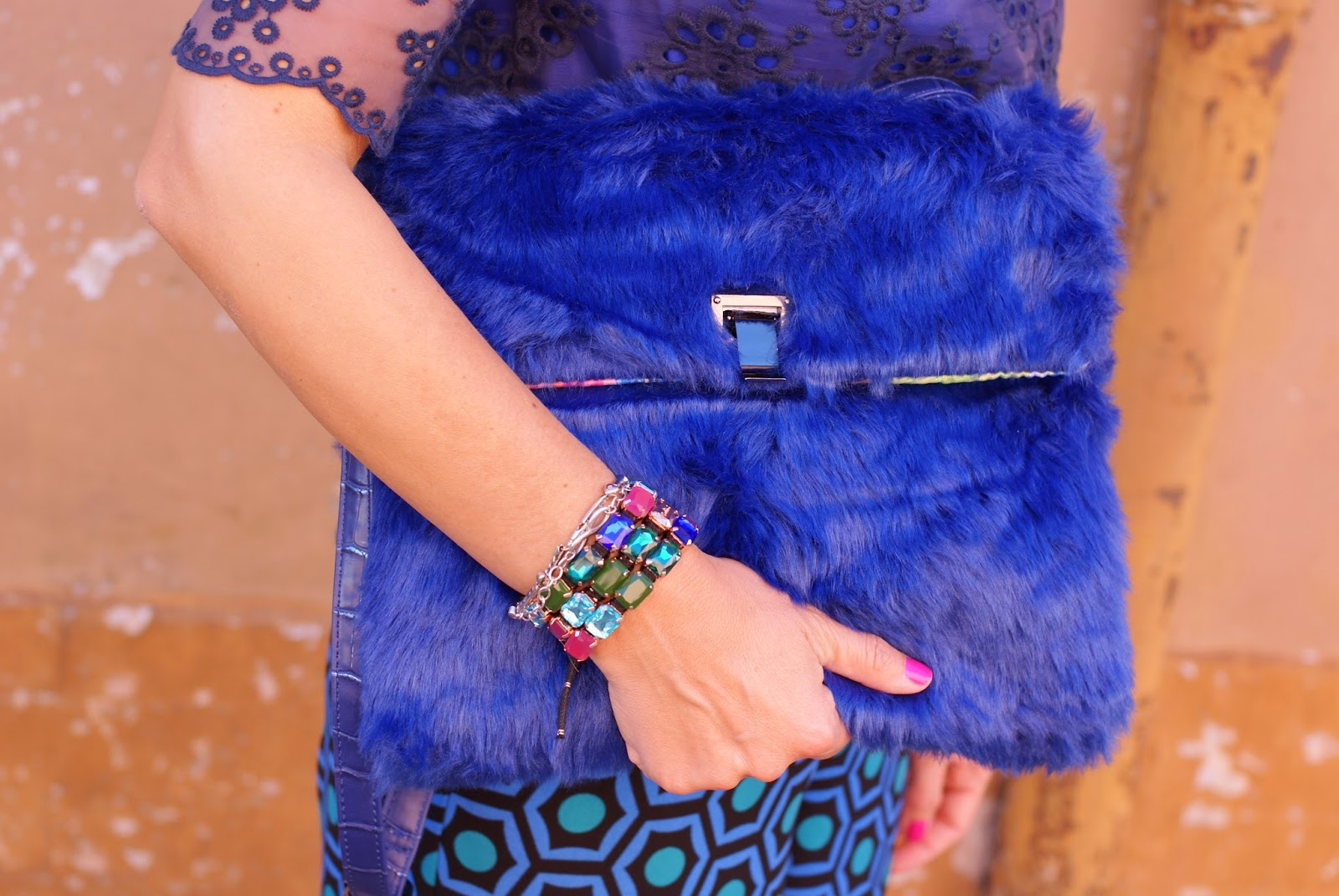 Sodini Fall Winter 2014 2015 collection, faux fur bag, Sodini Nolita clutch, Fashion and Cookies, fashion blogger