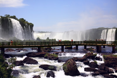 Brazil Travel Guide - Visiting Natural Wonders - Iguazu Falls