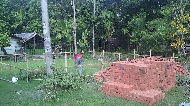 Proses Pembangunan Kantor Desa 5 Gampong Meunasah Blang Krueng Semideun Kec. Peukan Baro Kab. Pidie - Aceh