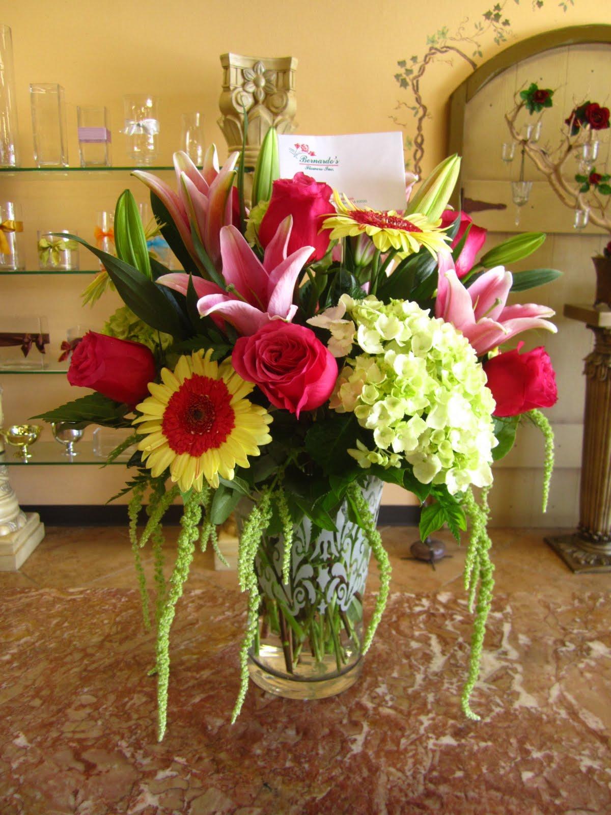 Bernardos flowers flower vase arrangement flower vase arrangement reviewsmspy