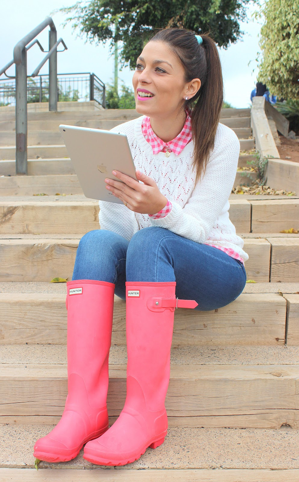 Pink_Hunter_Boots_The_Pink_Graff_01