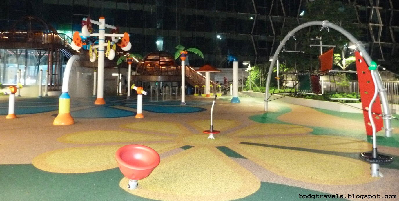... Mall although smaller, the playground is separated into wet and dry