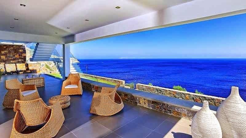 Casa de playa en isla creta con impresionantes vistas al for Casa moderna frente al mar