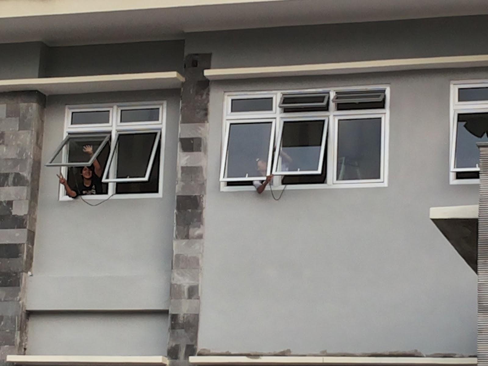 pemasangan frame jendela aluminium