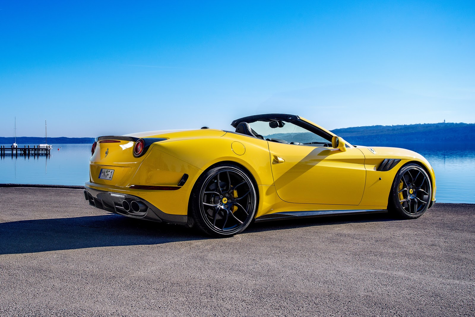 novitec rosso 39 s manlier ferrari california t carscoops. Black Bedroom Furniture Sets. Home Design Ideas