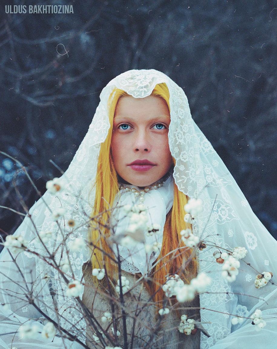 Contos de fadas russos representados nas fotos de Uldus Bakhtiozina