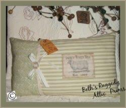 Prim Pillow Tuck