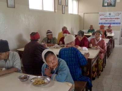 Eurasia Reiyukai meals old aged people
