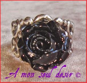 Bague Victorienne Gothique Fleur Noire florale floral gothic victorian goth black flower ring