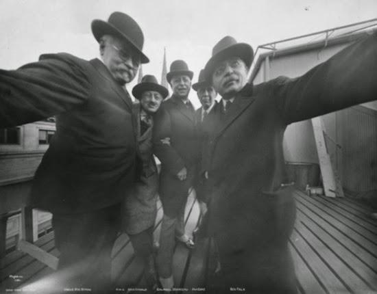 Inilah Gambar Selfie Pertama Di Dunia Yang Dirakam Pada 1909