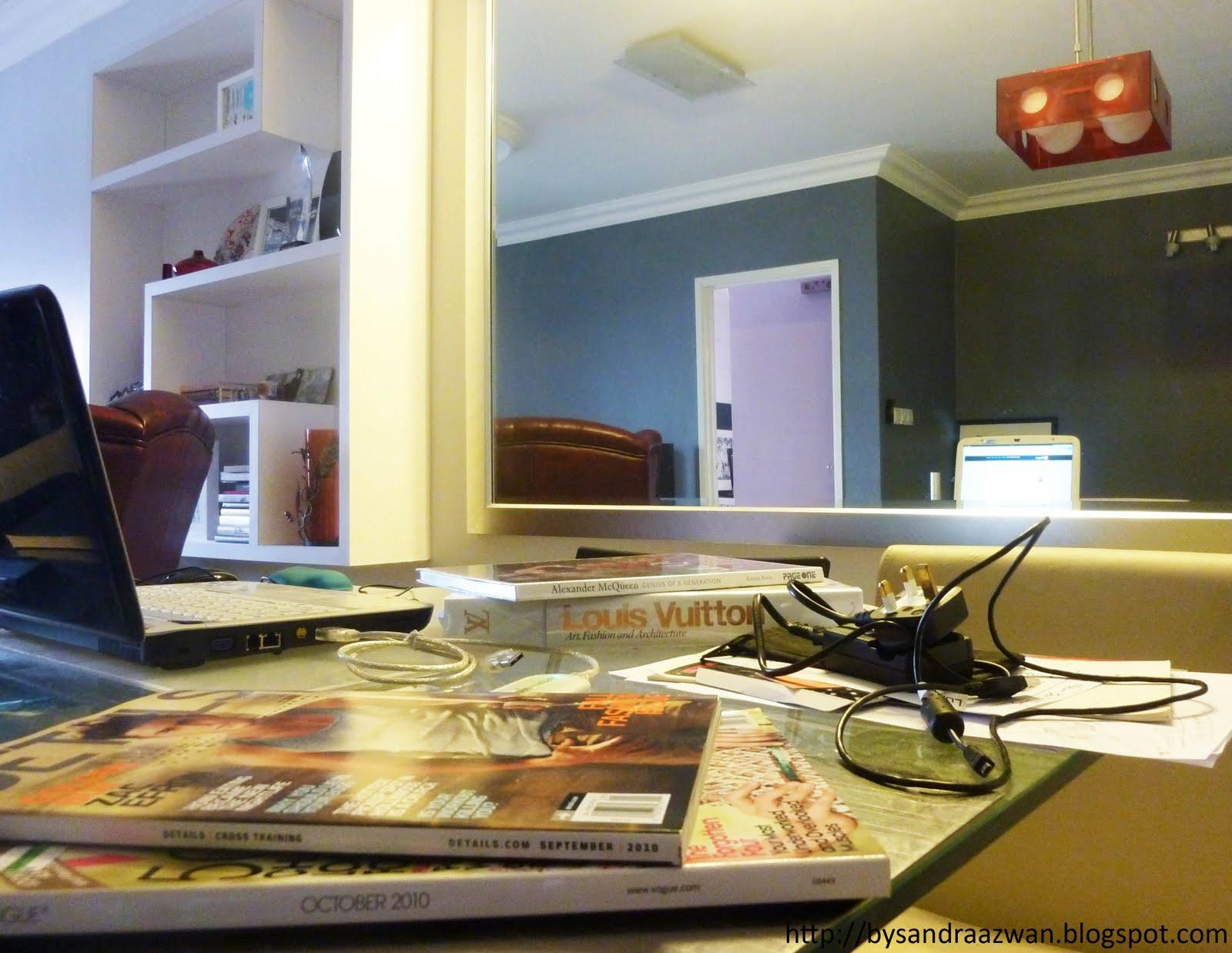 http://3.bp.blogspot.com/-WTzmvPtFSo4/TYB_tEuATvI/AAAAAAAADoc/k0G2w60T8VY/s1600/table%252Bsandra.jpg