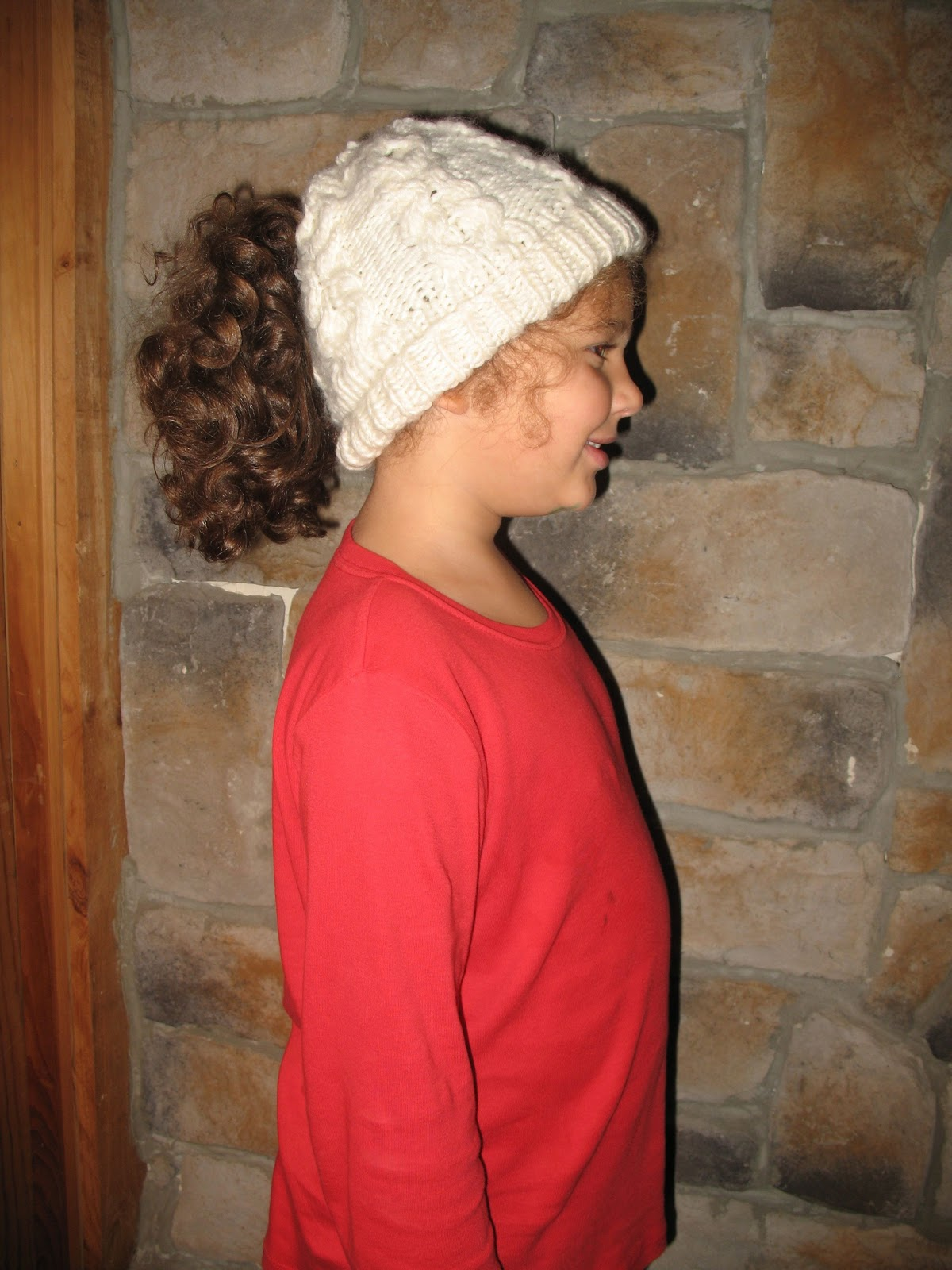 Free Ponytail Hat Pattern xo Cabled Ponytail Hat Pattern