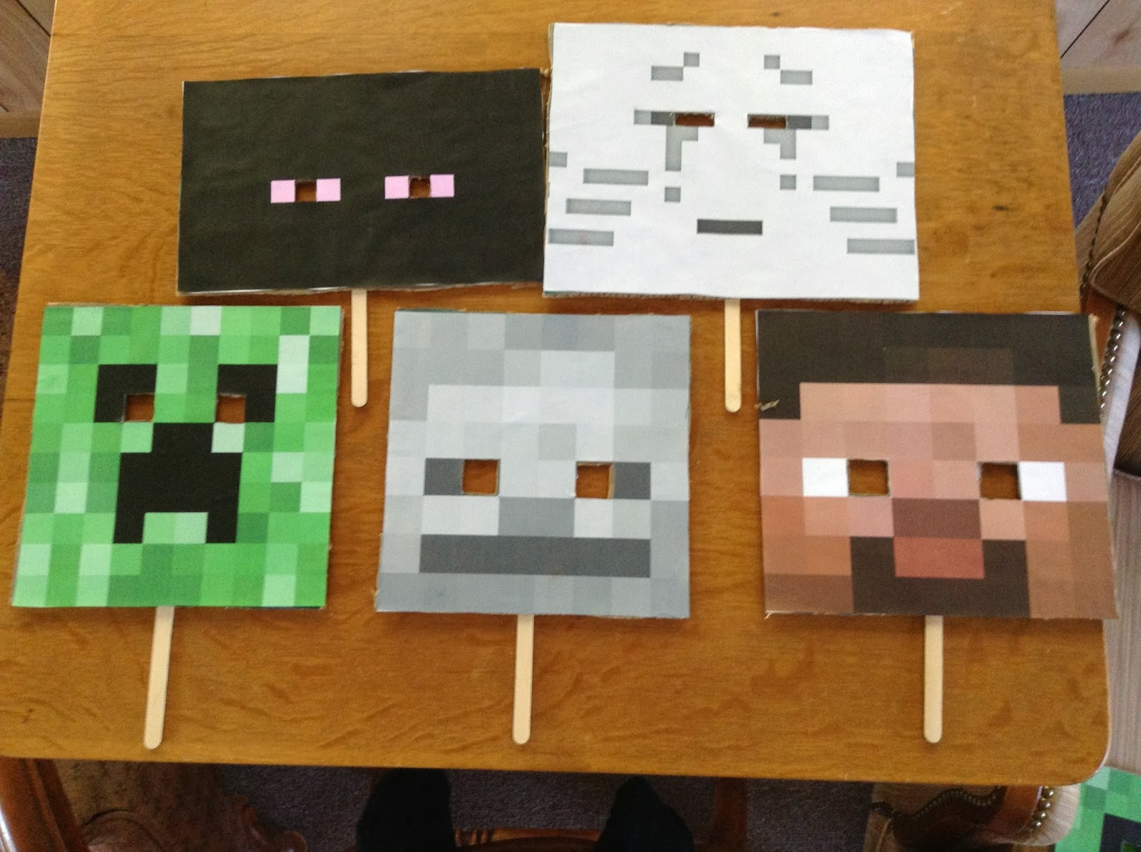 Of Books and Boys: Minecraft Halloween Party