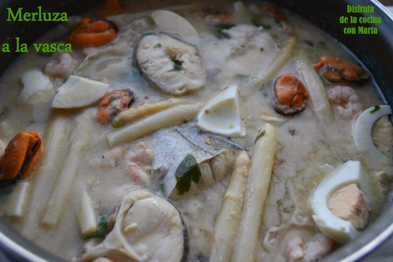 Disfruta de la cocina con marta merluza a la vasca a mi for Cocinar merluza a la vasca
