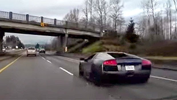 Lamborghini crash, Lamborghini accident recording, Lamborghini brand new accident