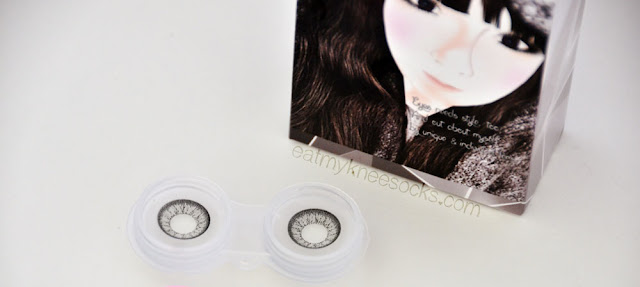 The T.Top Ice Flower Gray circle lenses from Klenspop have a light gray color, intricate design, and dark limbal ring.