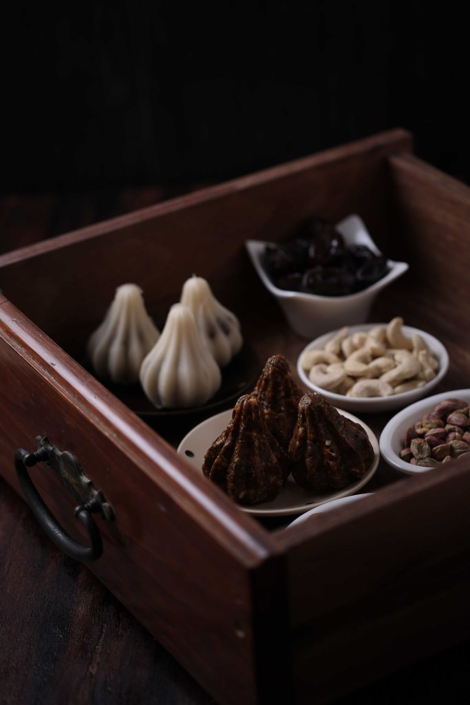Dates and nuts modak