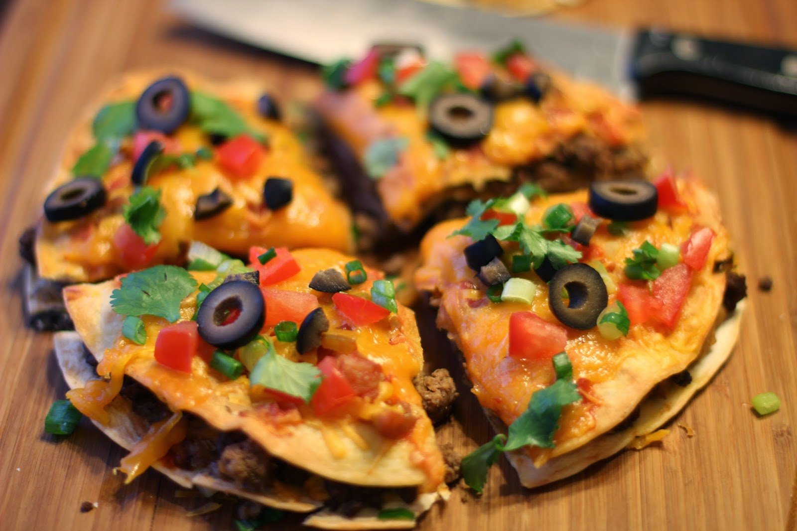 Sprinkle Some Sunshine!: mexican pizza party!