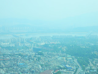 Skyscrapers along the Han river