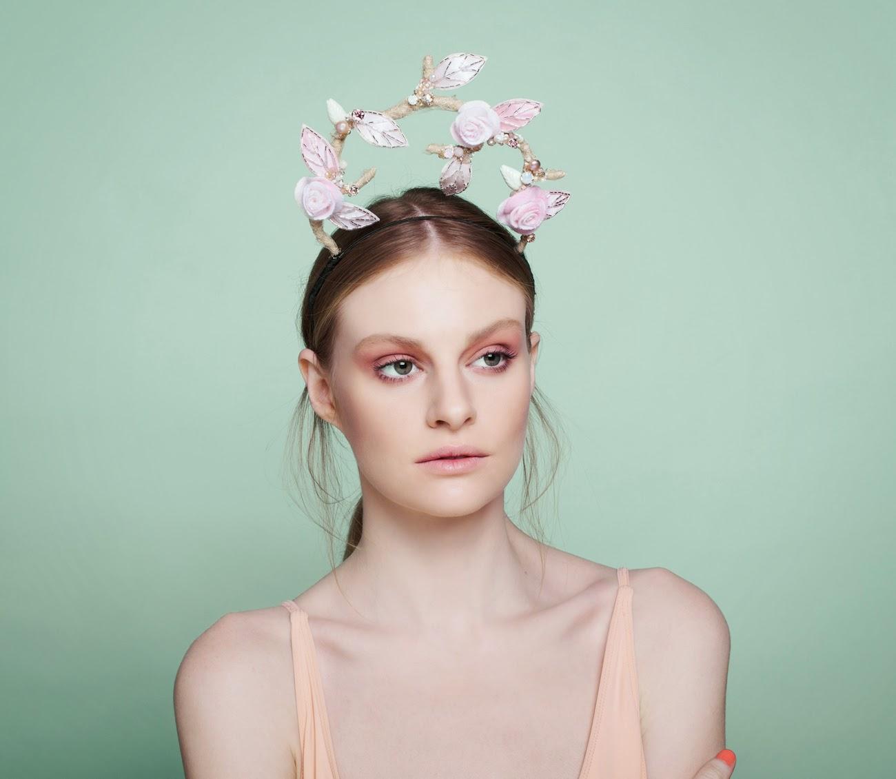 Maravillosos tocados y sombreros de novia | Colección Tami Bar-Lev