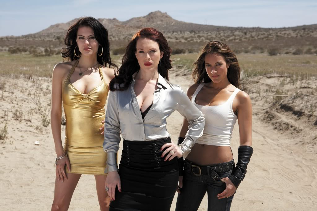 Three lesbian action