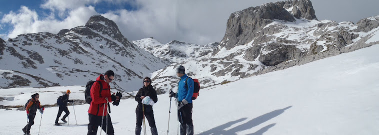 EXCURSIONES EN RAQUETAS DE NIEVE