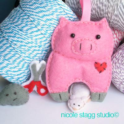 felt pig pink cute mini