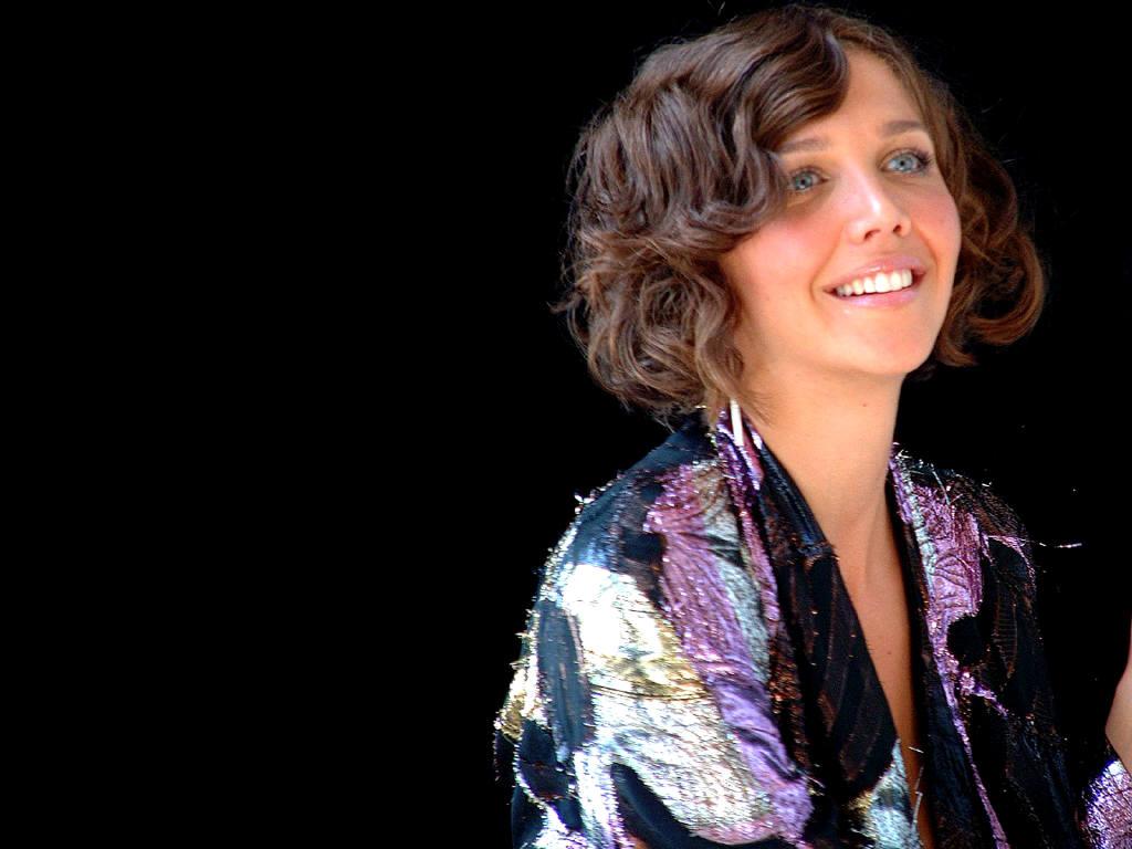 http://3.bp.blogspot.com/-WVK4hXmRaYI/UMEGIQFacCI/AAAAAAABrwA/tMGu_ZKVEqI/s1600/Maggie-Gyllenhaal05b.jpg