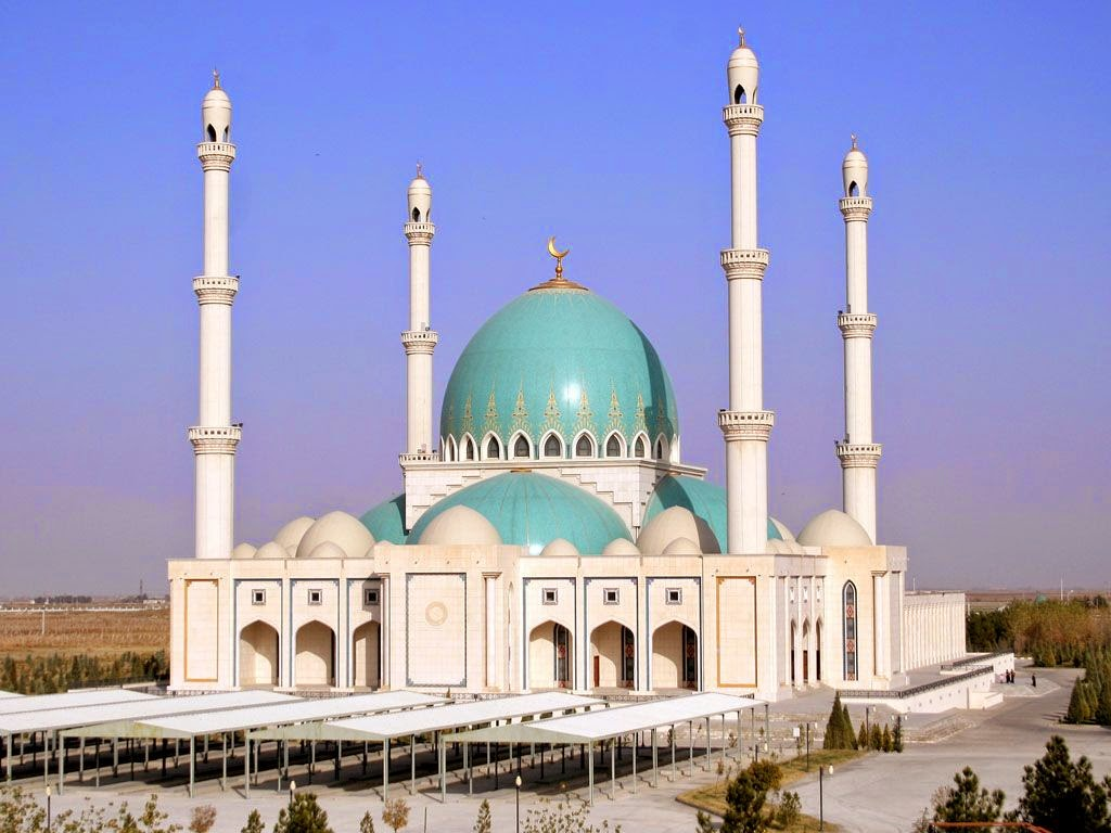 information about a mosque The sultan qaboos mosque in sohar (جامع السلطان قابوس في صحار) is a brand new grand royal mosque in sohar it was inaugurated in october 2016 and is.