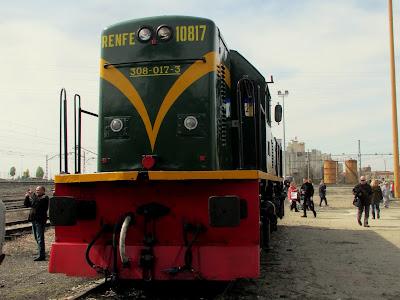 locomotora serie 10000 lleida expo tren  salon ferroviario 2013