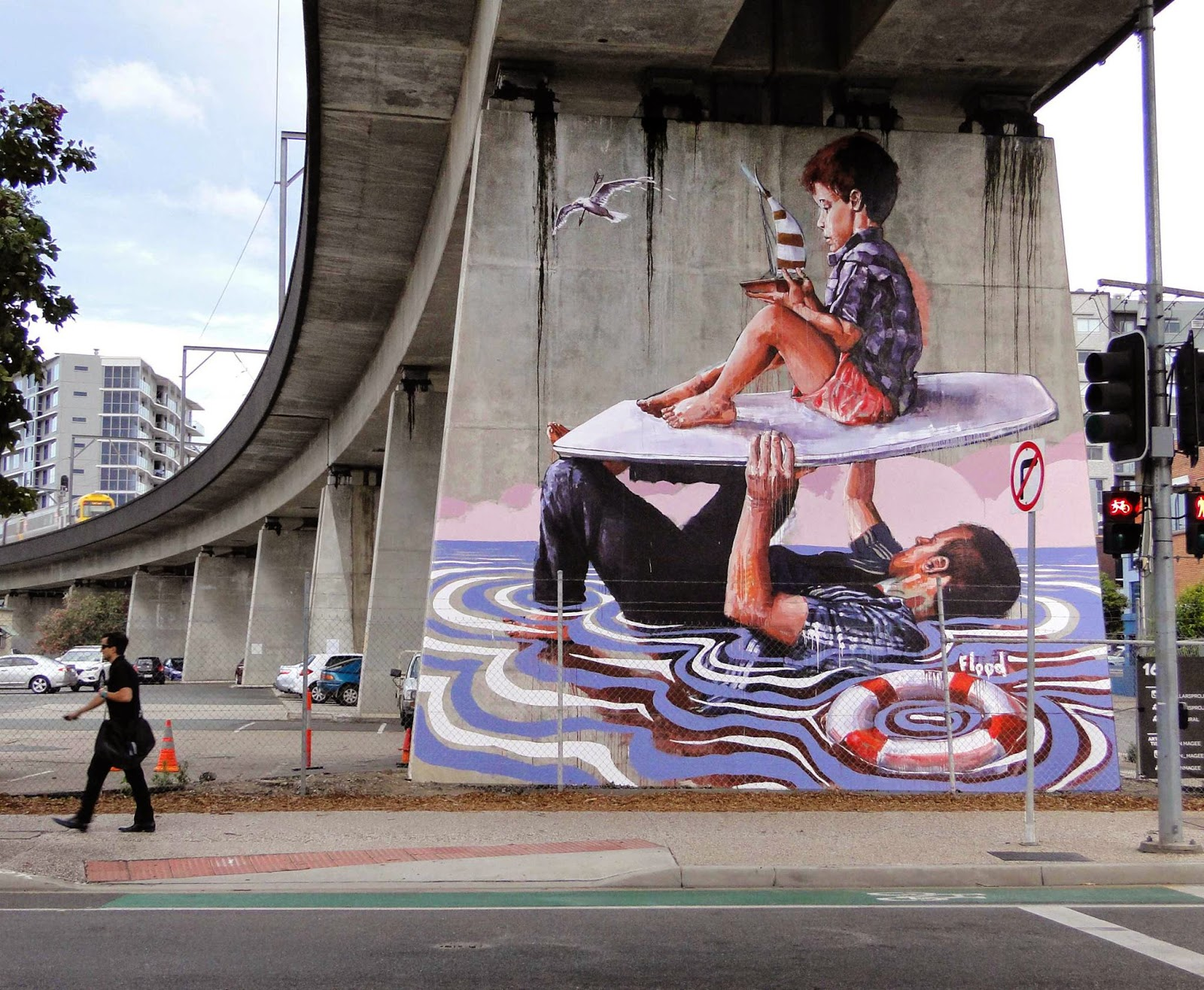 Before his arrival in Las Vegas for Life Is Beautiful, Fintan Magee spent a few days in Brisbane, Australia where he was invited by the Pillars Project.