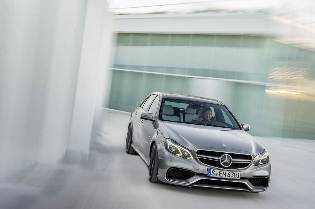 digitprices the guardian mercedes benz e class e 63 amg wallpaper prices. Black Bedroom Furniture Sets. Home Design Ideas