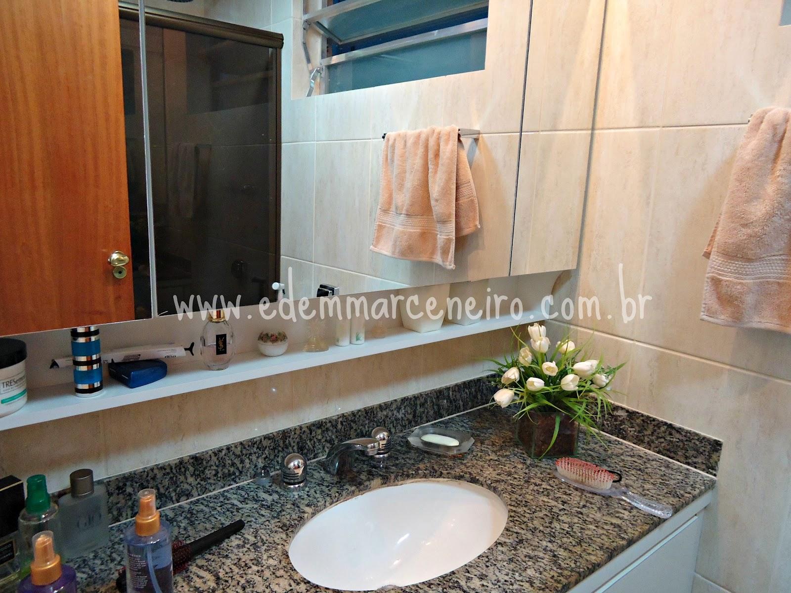 Armário Suspenso com Espelho e Porta laqueada para Banheiro Edem  #7C4324 1600x1200 Armario Banheiro Suspenso